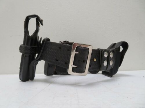 Bianchi #B2 Leather Police Security Duty Belt, Size 30, w/ 6 Accessories