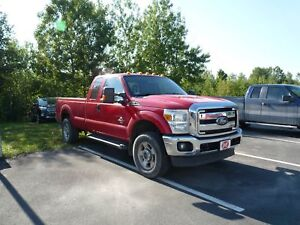 Ford Super Duty F-250 SRW 4 RM, Super cabine 158 po, XLT