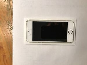 Iphone 5s 16 g Saguenay Saguenay-Lac-Saint-Jean image 4