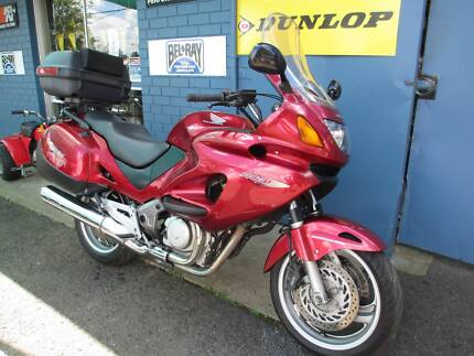 2005 Honda NT650 Deauville LAMS approved