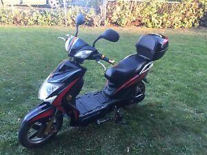 Scooteur électrique 60volt vente rapide