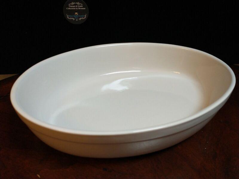 "Oval White Stoneware Casserole Baking Dish 11""L"