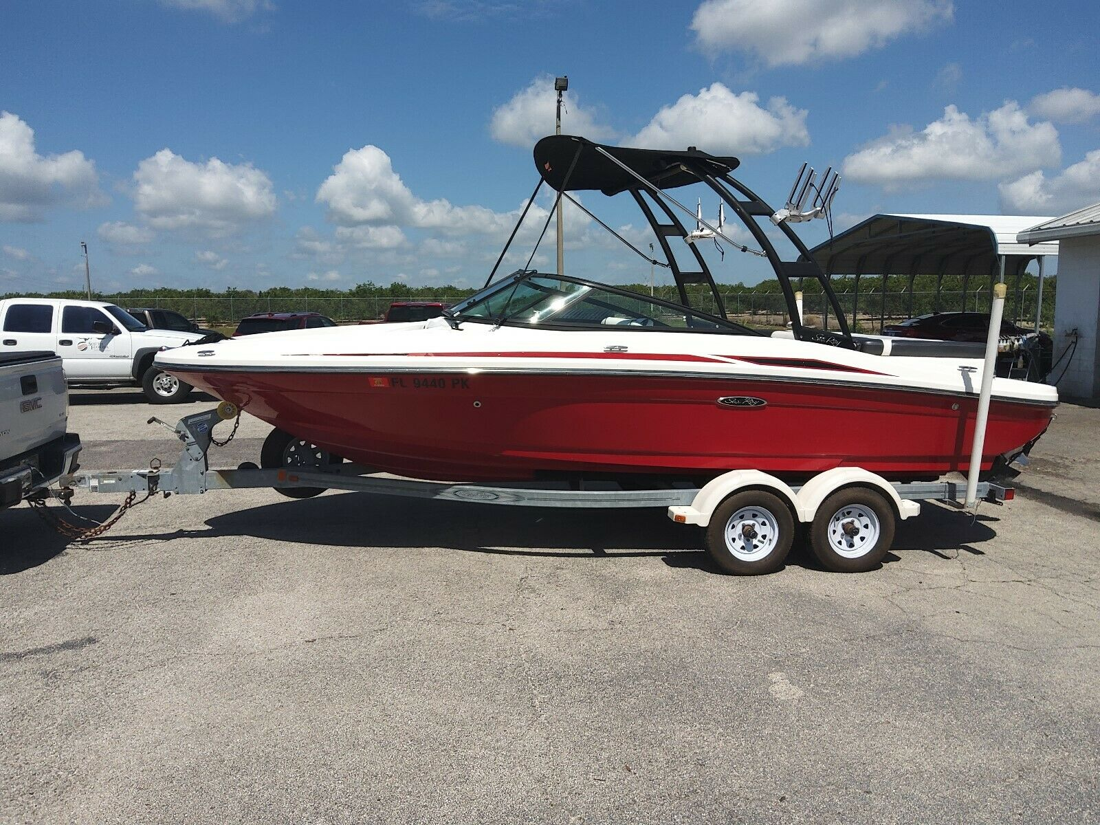 2012 Searay 205 Sport With tower Very Low hours!  Clean boat!