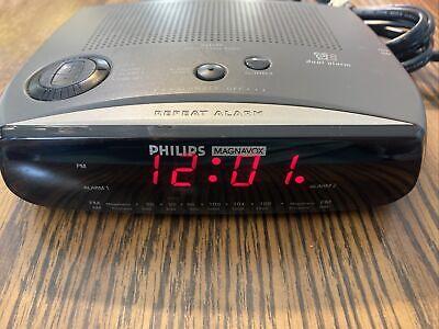 Philips Magnavox AJ3280 AM / FM Dual Alarm Clock Radio TESTED Working