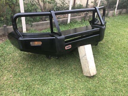 Toyota Hilux arb Bullbar