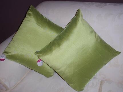 2 LIME GREEN CUSHIONS 44CM X 44CM WITH INSERTS NEW WITH TAGS