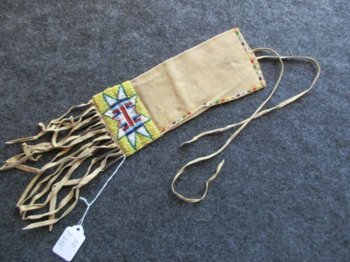 NATIVE AMERICAN BEADED LEATHER PIPE BAG, BEADS ON 2 SIDES, CHANUPA BAG, SD P-295