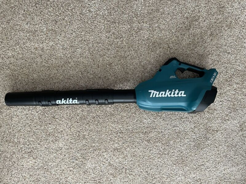 Makita Cordless Leaf Blower XBU02Z - 36V Lithium-Ion - Handheld Leaf Blower