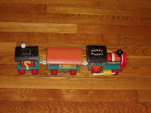 Huffy Puffy Train Fisher Price Vintage Toy 1963  #999 3 Pieces Good Condition
