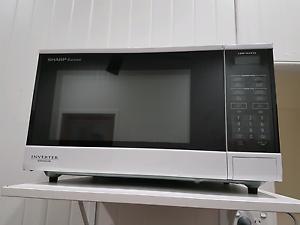 Sharp inverter microwave Trinity Beach Cairns City Preview