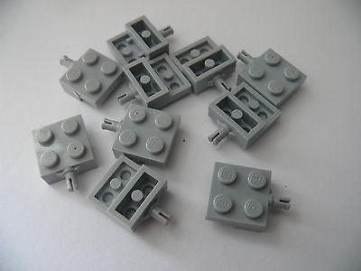 Lego 10 essieux gris clair bluish 7747 9335 7733 60008  / 10 light bluish pl mod usato  Spedire a Italy