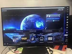 Toshiba 49 INCH LCD TV, perfect condition