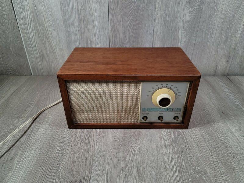 Vintage KLH Model Twenty One 21 FM Table Radio Walnut Cabinet CLEAN, works