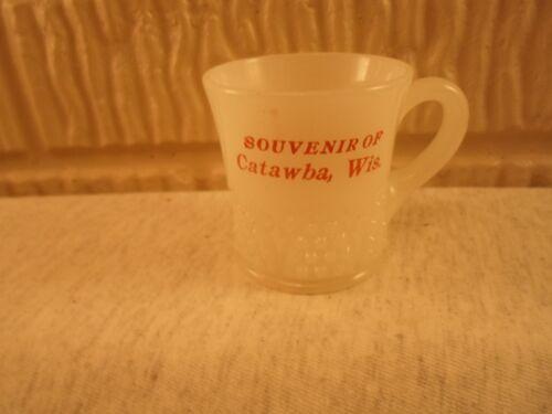 Catawba Wis Wisc Wisconsin, clambroth glass souvenir cup or mug