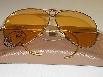 1980s CIRCA 62mm VINTAGE B&L RAY BAN GOLD AMBERMATIC SHOOTER AVIATOR SUNGLASSES