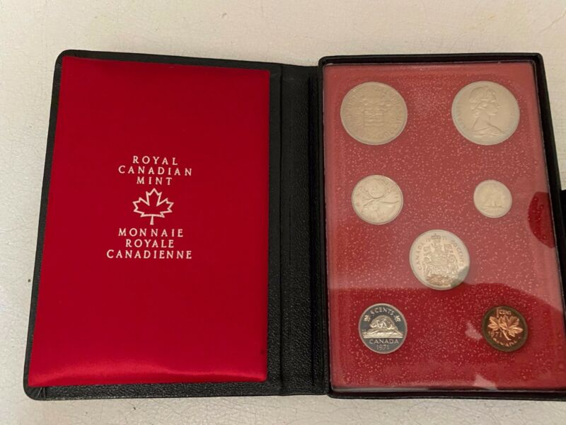 1971 Royal Canadian Mint RCM Double Dollar