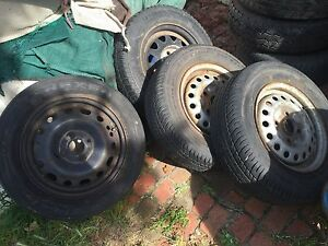 """Old ford 4 stud rims with very good tyres 13"""" ford rims trailer 4 stud Sunshine Brimbank Area Preview"""