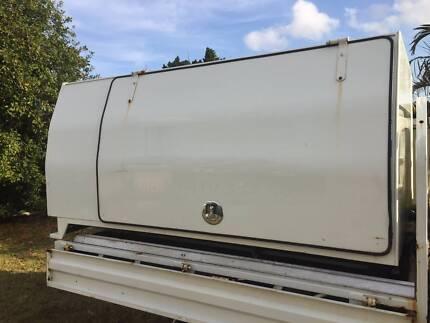 Aluminium Rossco trademate canopy