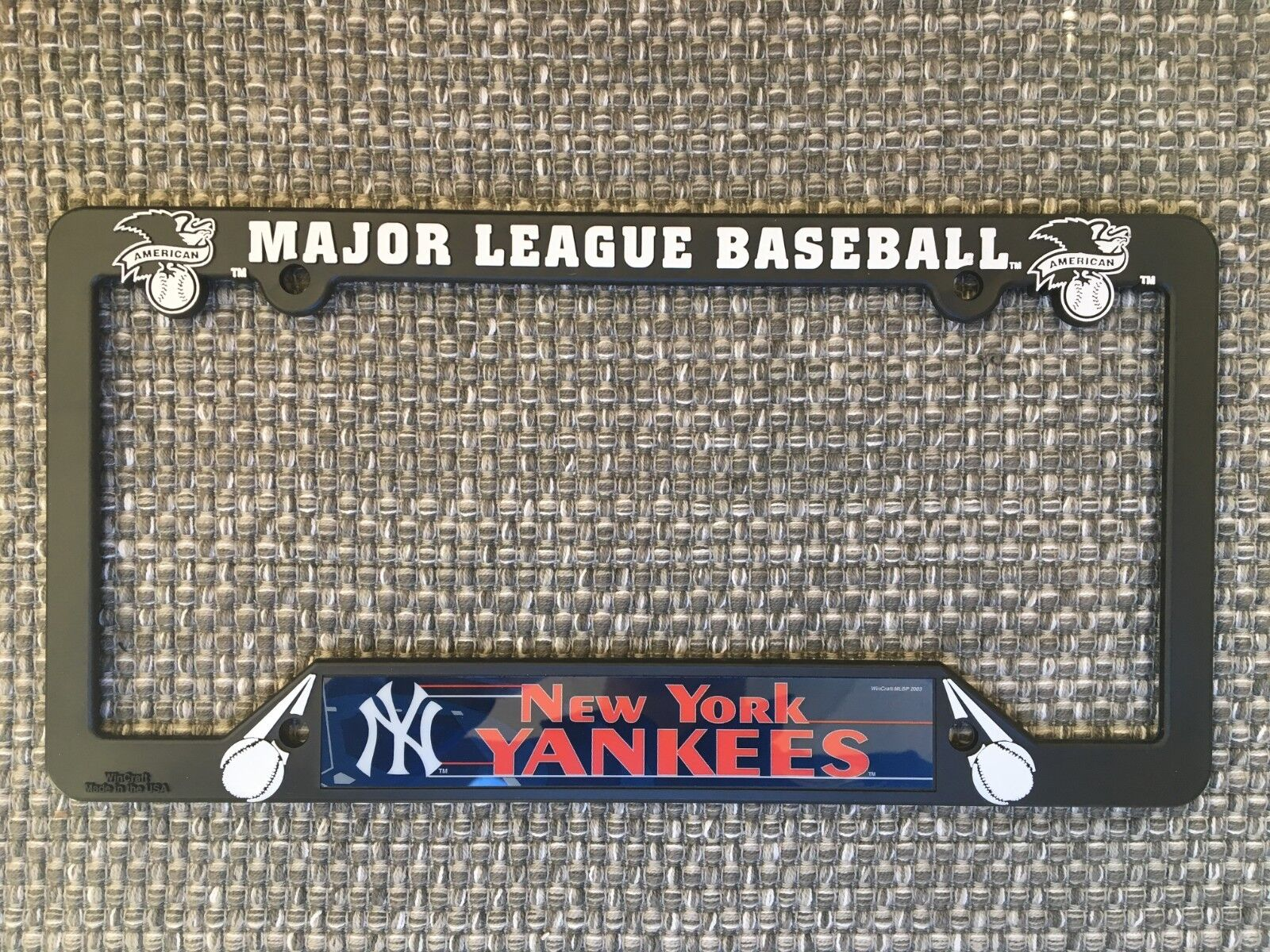 New York Yankees NEW MLB Black Plastic License Plate Frame M