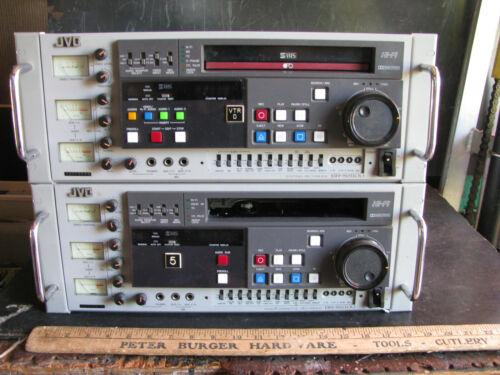 JVC COMMERCIAL S-VHS VCR EDITING RECORDER SET BR-S610U & BR-S810U EDIT FEEDER