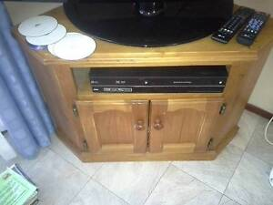 Solid timber tv cabinet Currumbin Waters Gold Coast South Preview