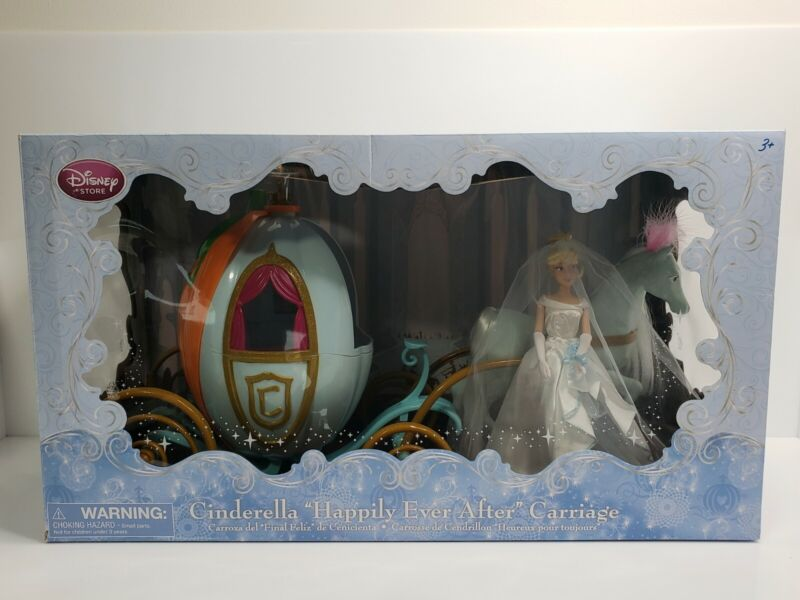 """Rare Disney Store Exclusive Cinderella """"Happily Ever After"""" Carriage 3481-W"""