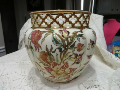 ZSOLNAY Large Beautiful CACHE POT RETICULATED FLOWERS