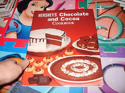 Hershey's Chocolate and Cocoa Cookbook book Ideals yummy desserts recipes WOW