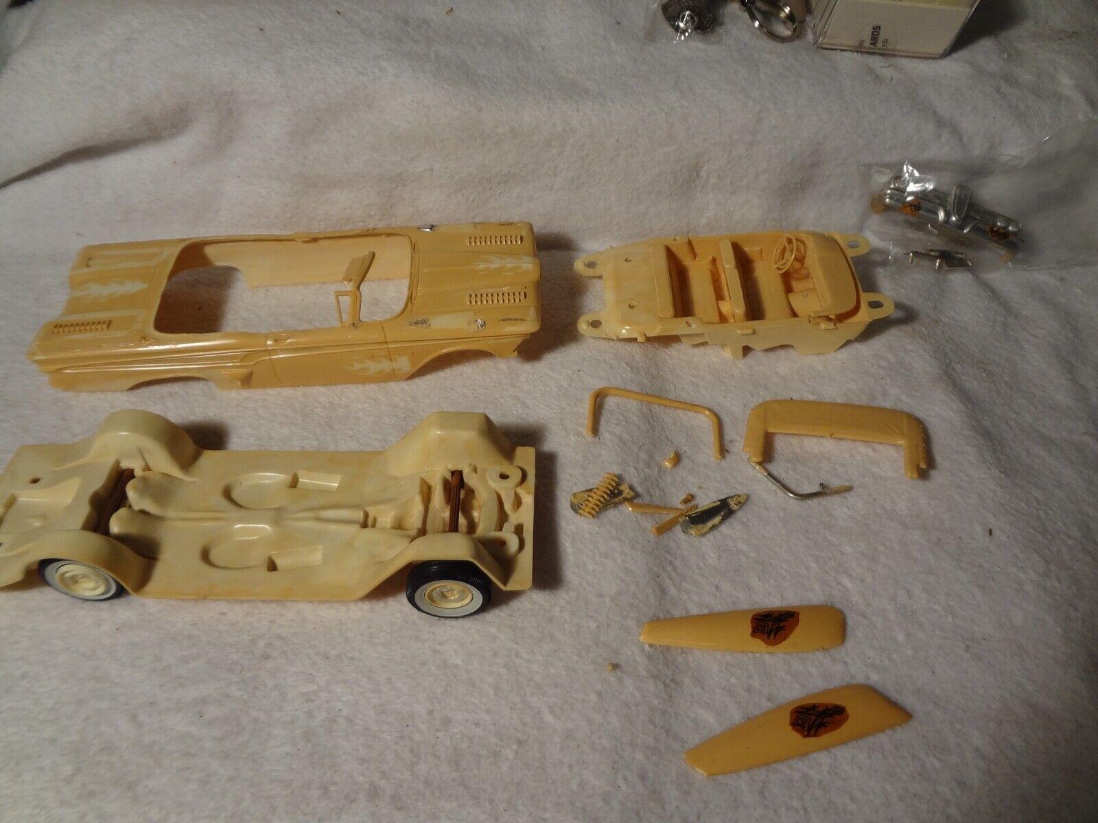Car Parts - 1959 Edsel Convertible Parts car by AMT