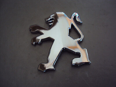 Peugeot Löwe Emblem chrom Sticker 5 x 4,5cm Speedfight 1 & 2  Buxy  Jetforce neu