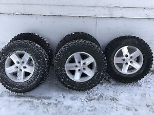 5  2010 Jeep Rubicon wheels tires