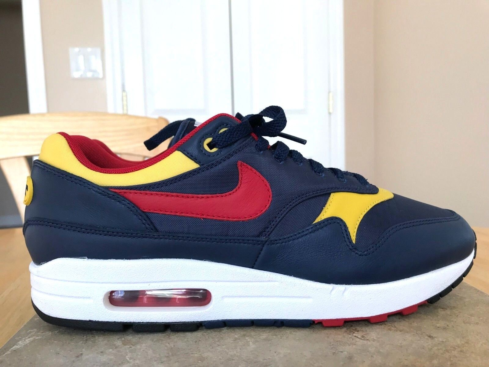 NIKE 2017 AIR MAX 1 MEN'S SHOES SIZE 11 RED BLUE Y