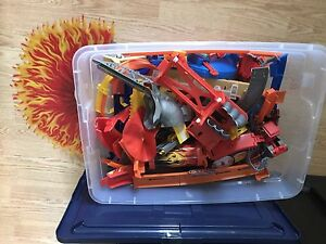 Hot Wheels container