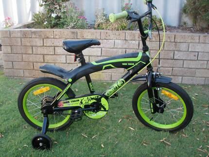 """boy 16"""" bikes bmx style."""