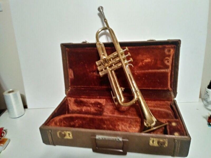 Trumpet Olds Ambassador ORIGINAL case valves/play NICE!