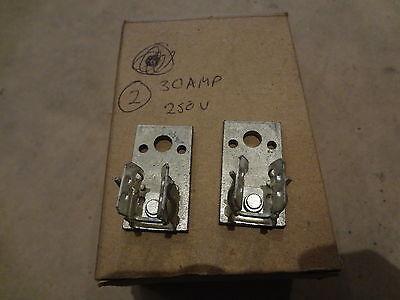 2 30 Amp 250 V Fuse Clips