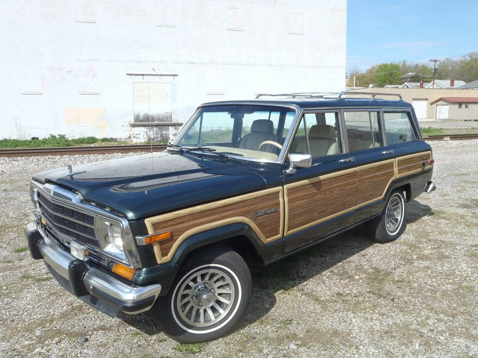 1991 Jeep Wagoneer LEATHER 1991 RARE HUNTER GREEN FINAL EDITION WAGONEER LOW MILES EXCELLENT CONDITION !