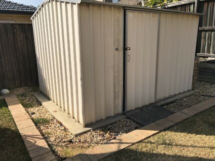 Garden shed -FREE
