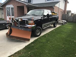 1999 Ford F-250 v10 with vblade and snow ex salter