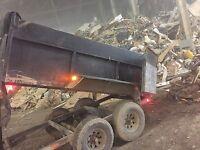 Ramassage de débris constructions