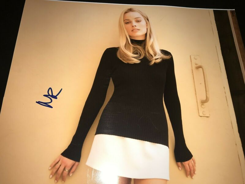 MARGOT ROBBIE SIGNED AUTOGRAPH 11x14 ONCE UPON A TIME IN HOLLYWOOD DICAPRIO X2