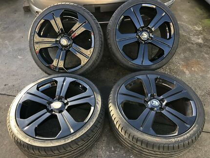 VY GTS 19 INCH ALLOY WHEELS IN GOOD CONDITION WITH GOOD TYRES Morisset Lake Macquarie Area Preview