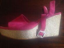 Woman's platform shoes size 9 Nundah Brisbane North East Preview