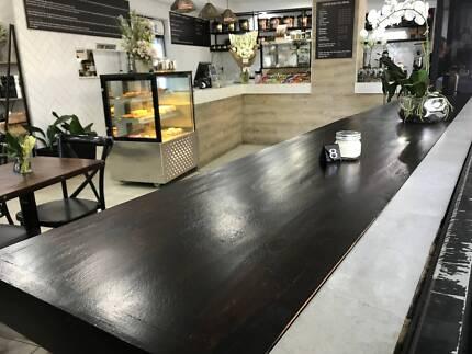 DESIGN CHOICE Rustic Dark Wood Timber Table Top