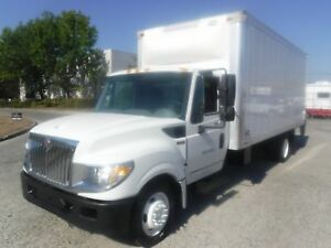 2014 International TerraStar 18 Foot Cube Van 3 passenger Diesel