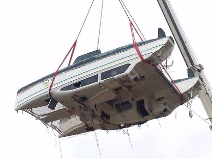 Seawind 1000 Catamaran Cyclone Damaged