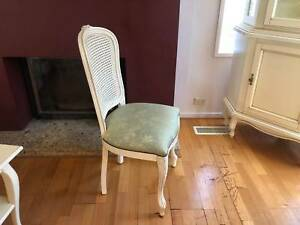 European dining set: Table & Chairs