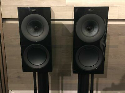 Kef R3 High Gloss Black, boxed, mint - only 5 months old & with warranty