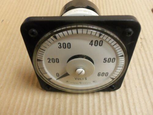 GENERAL ELECTRIC AC VOLTMETER 103021PZSJ2 0-150V