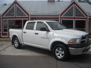 2011 Ram 1500 SLT CREW CAB! TOW PACKAGE! AIR! CRUISE! PW! PL!